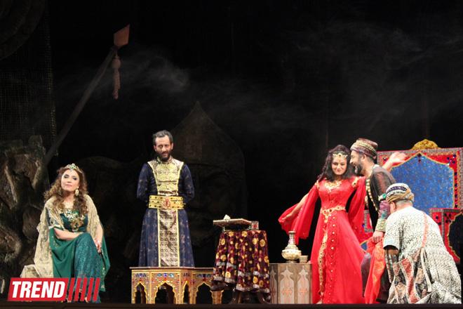 """Потрясающая премьера спектакля """"Амир Теймур"""" на основе исторической драмы Гусейна Джавида - на сцене Аздрамы (ФОТО)"""