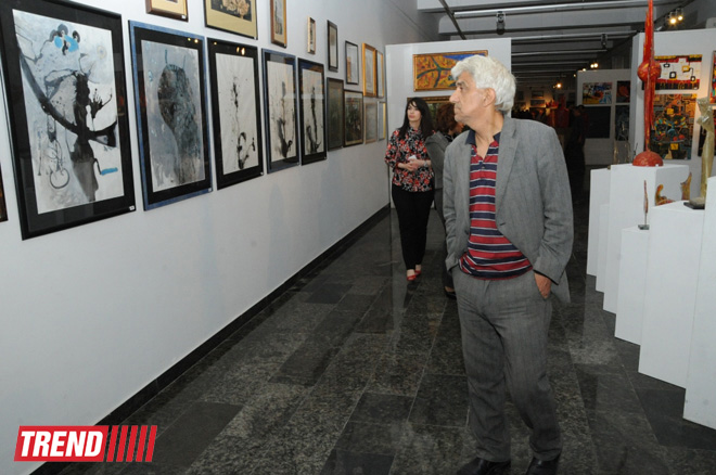 EY Azerbaijan sponsors Colorful Thoughts art exhibition in Baku (PHOTO)