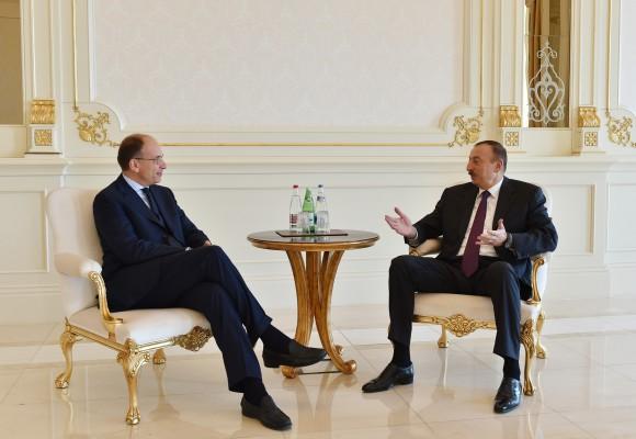 Президент Азербайджана принял экс-премьера Италии и экс-президента Эстонии