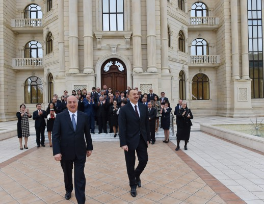 Президент Азербайджана принял участие в открытии Центра Гейдара Алиева в Хырдалане (ФОТО)