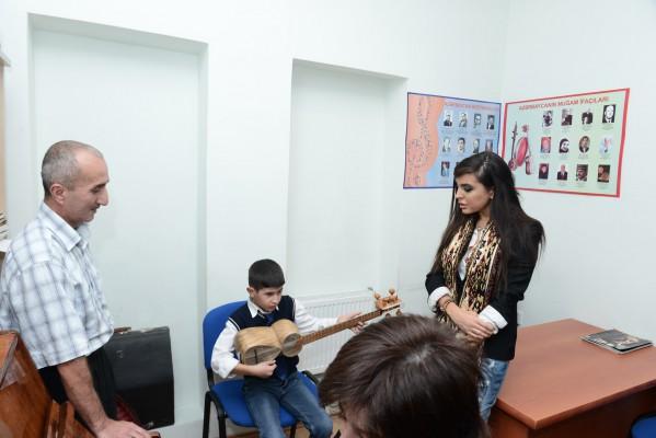Вице-президент Фонда Гейдара Алиева Лейла Алиева посетила специальную школу-интернат в Баку (ФОТО)