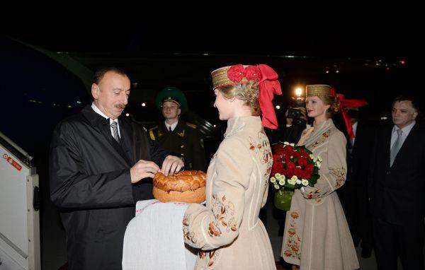 Президент Азербайджана Ильхам Алиев прибыл с визитом в Минск
