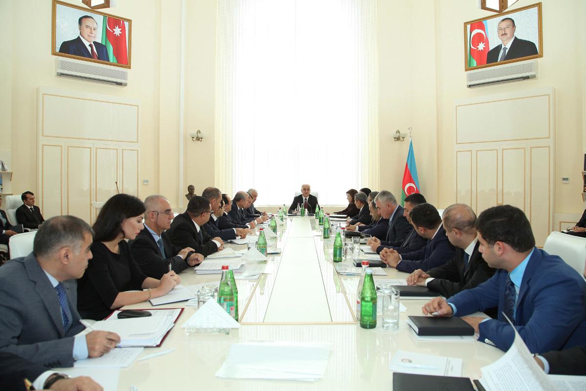 Минэкономики Азербайджана подготовит план мероприятий (ФОТО)
