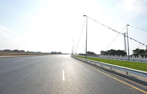 Президент Азербайджана принял участие в открытии первого участка автодороги Гала-Пираллахи (ФОТО)