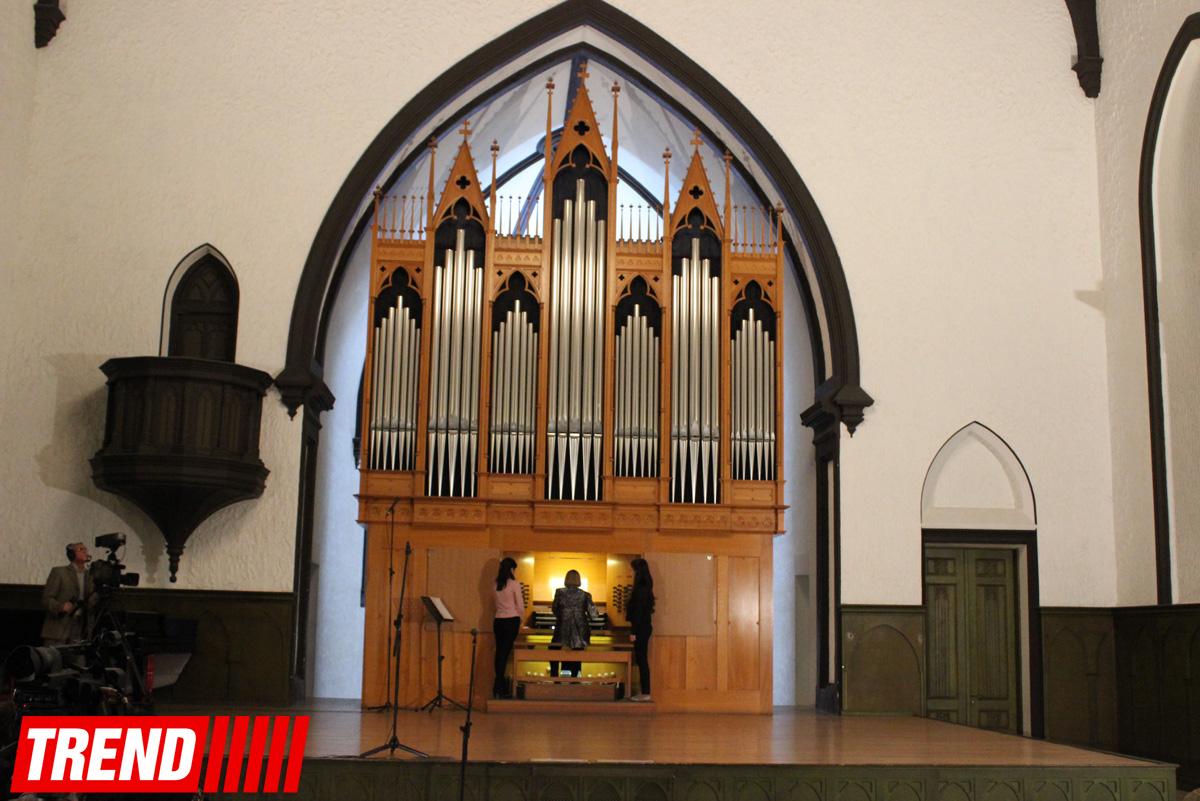 Юбилей Арифа Мирзоева в Баку - основоположник религиозно-мемориальной органной и полифонической музыки (ФОТО)