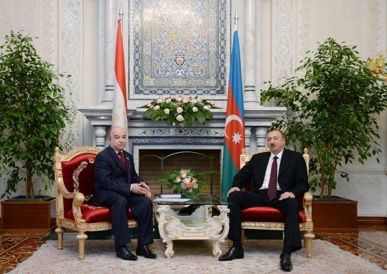 Президент Азербайджана встретился с  председателем нижней палаты парламента Таджикистана (ФОТО)