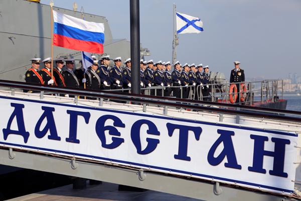В Баку прибыли два корабля Каспийской флотилии ВМФ России (ФОТО)
