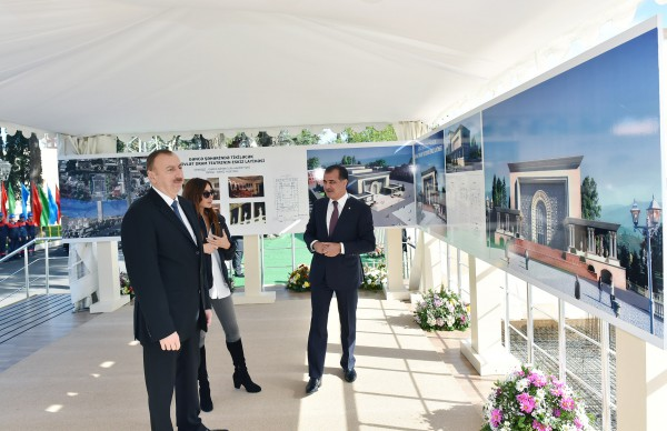 Президент Азербайджана и его супруга приняли участие в церемонии закладки фундамента нового здания Гянджинского государственного драмтеатра (ФОТО)