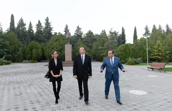Президент Азербайджана и его супруга посетили город Нафталан (ФОТО)