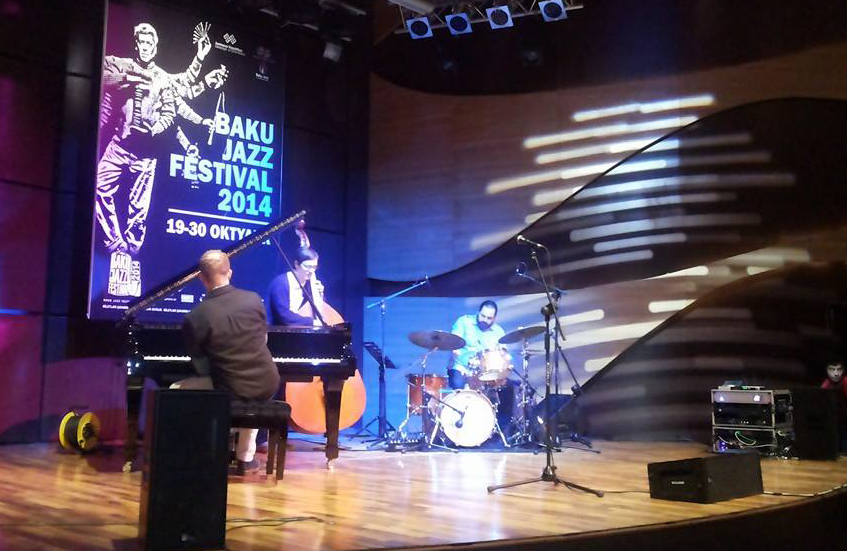 Бакинский джаз-фестиваль открылся концертом американского трио Крэйга Тэборна  (ФОТО)