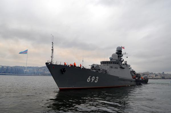 Завершился визит в Баку двух кораблей Каспийской флотилии ВМФ России (ФОТО)