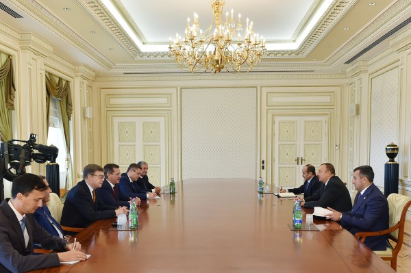 Президент Азербайджана принял делегацию во главе с губернатором  Астраханской области РФ