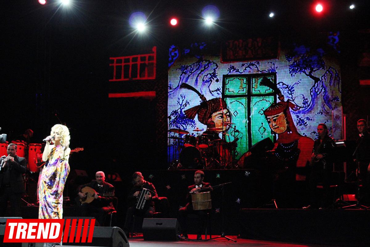 """Группа """"Rast"""" отметила 20-летие праздничной программой на сцене Дворца Гейдара Алиева (ФОТО)"""