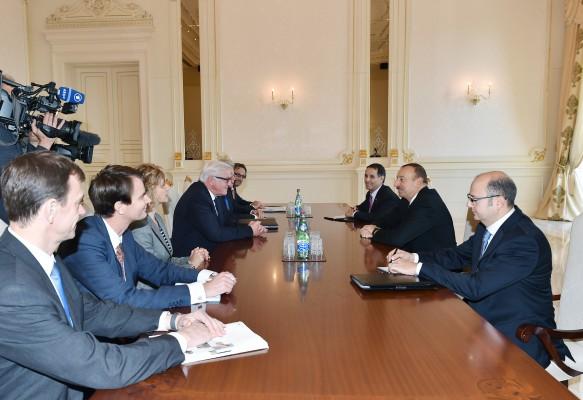 Президент Азербайджана принял федерального министра иностранных дел Германии
