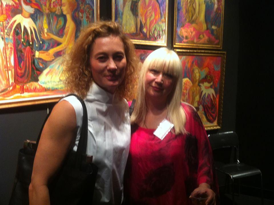 Волшебные картины Нигяр Нариманбековой представлены в Центре Пьера Кардена в Париже (ФОТО)
