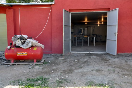 В Азербайджане трудоустроено около 20  заключенных (ФОТО)