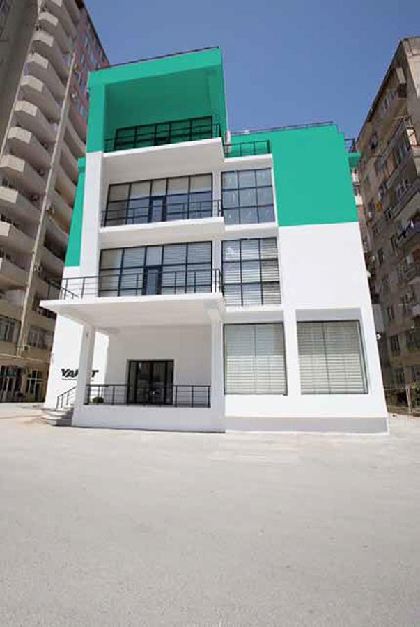 В Баку состоится открытие Художественных мастерских YARAT STUDIOS