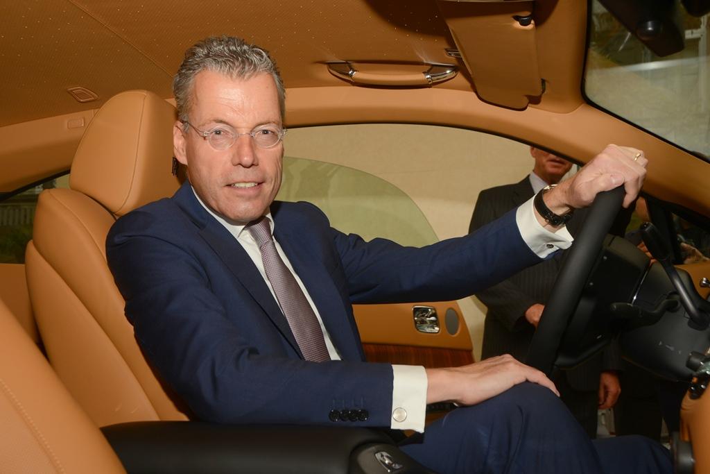 В Азербайджане открылся автосалон Rolls Royce (ФОТО)