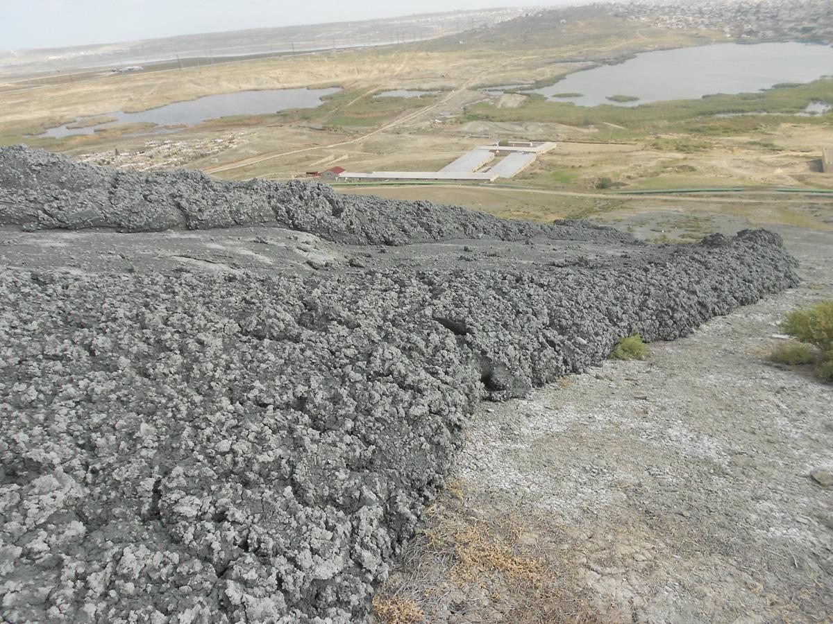 В Азербайджане завершены исследования извержения грязевого вулкана Кейряки (ФОТО)