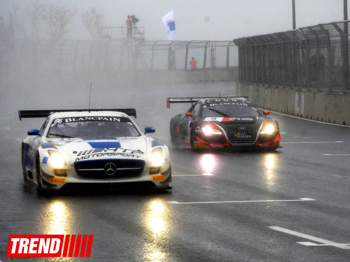 Blancpain Sprint Series final round kicks off in Baku (PHOTO)