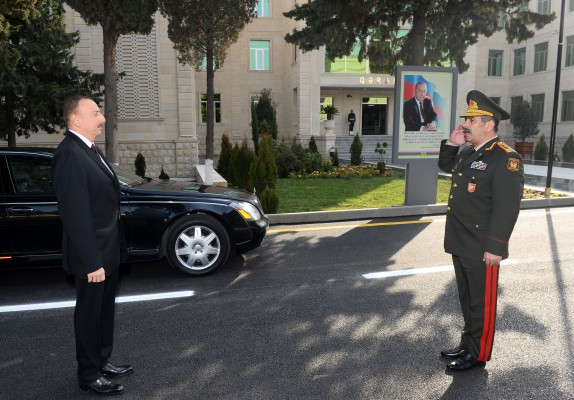 President Ilham Aliyev attended the opening of a new building of the headquarters in the military town of Shamkir military formation (PHOTO)