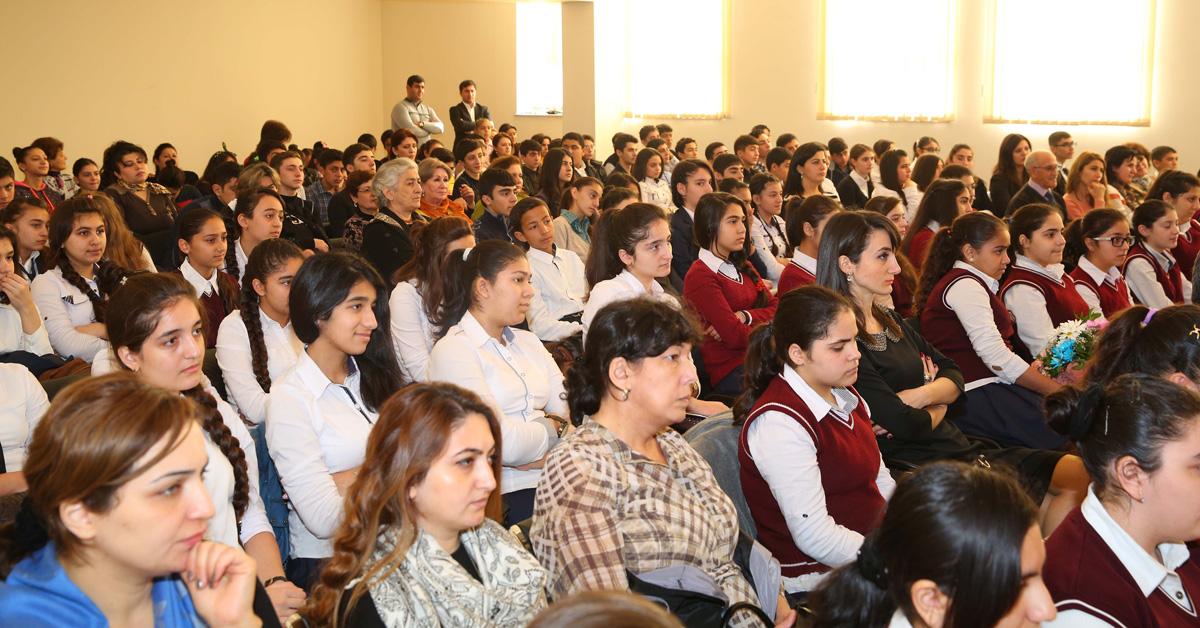 Binəqədi rayonunda tədbirlər davam edir (FOTO)