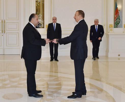 Azerbaijani president receives newly-appointed Jordanian ambassador (PHOTO)