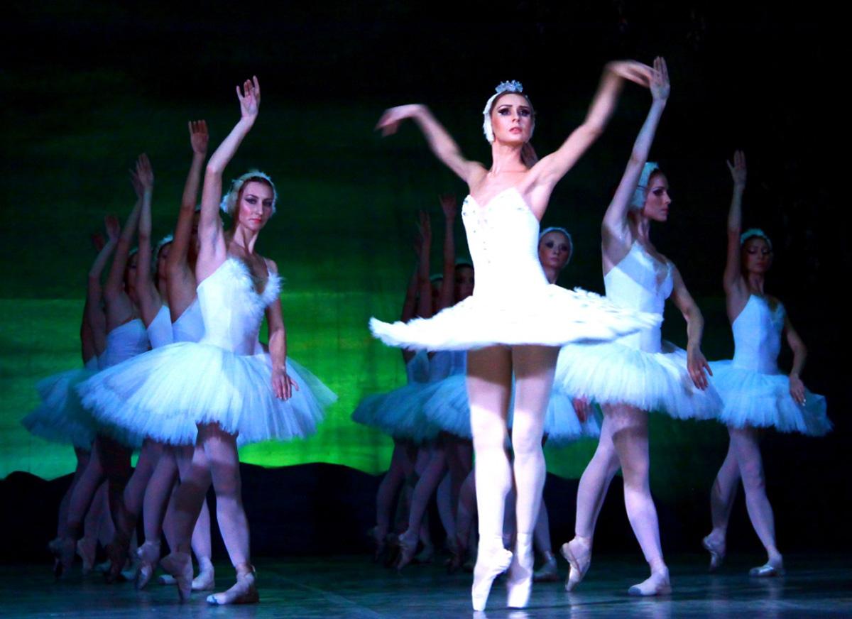 Прима-балерина Украины выразила восхищение азербайджанским коллективом (ФОТО)