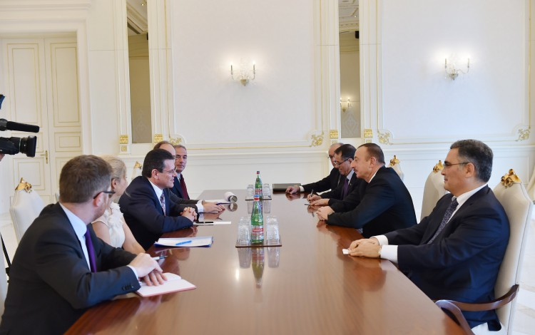 Azerbaijani president receives delegation led by Vice-President of European Commission