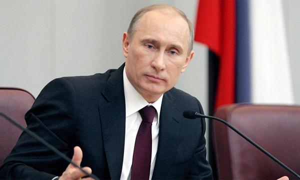 Putin Berluskoni ilə görüşüb
