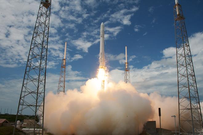 Ракета-носитель Falcon 9 доставила наорбиту спутник связи Koreasat 5A