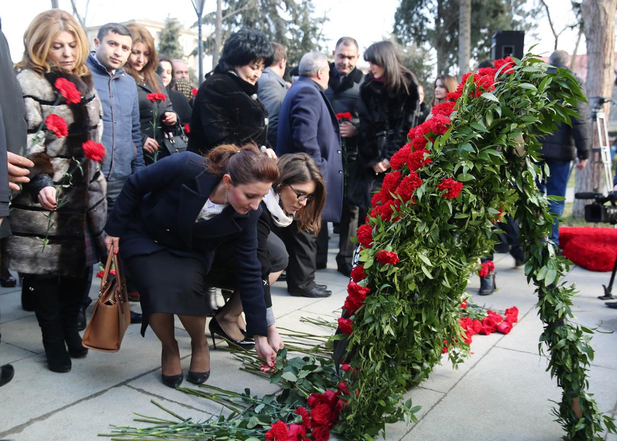 Binəqədi rayonunda 20 Yanvar şəhidlərinin xatirəsi anılıb (FOTO)