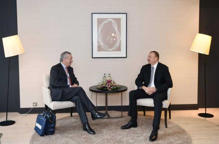 President Aliyev meets chairman of Dutch Damen Shipyards Group