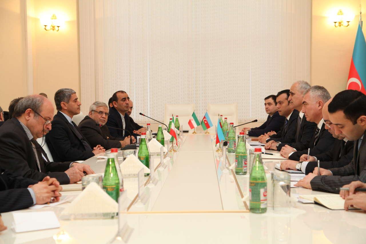 Iran, Azerbaijan to mull prospects for economic co-op (PHOTO)