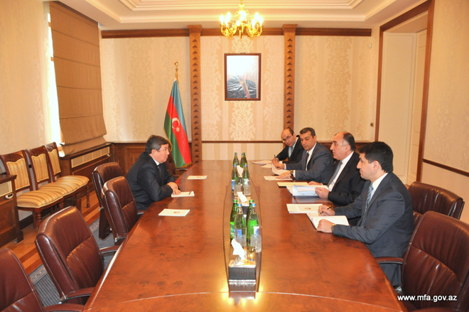Azerbaijani FM receives new Kyrgyz ambassador (PHOTO)