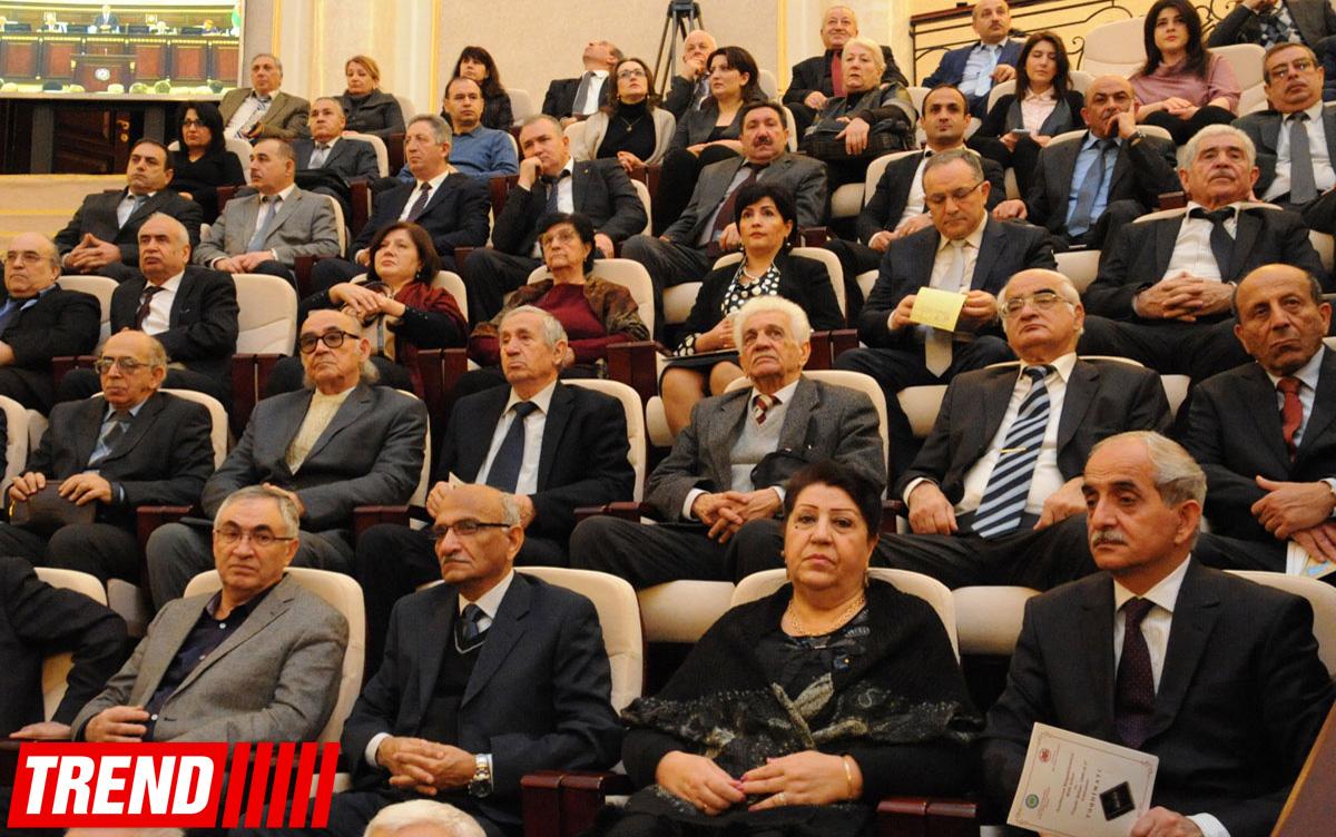 """Qərib Məmmədov: """"Biz özümüz istəmədən kartoqrafik müharibəyə cəlb olunmuşuq"""" (FOTO)"""