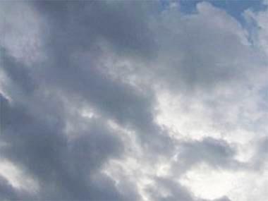 Sabah paytaxtda buludlu, küləkli, bölgələrdə yağmurlu hava olacaq
