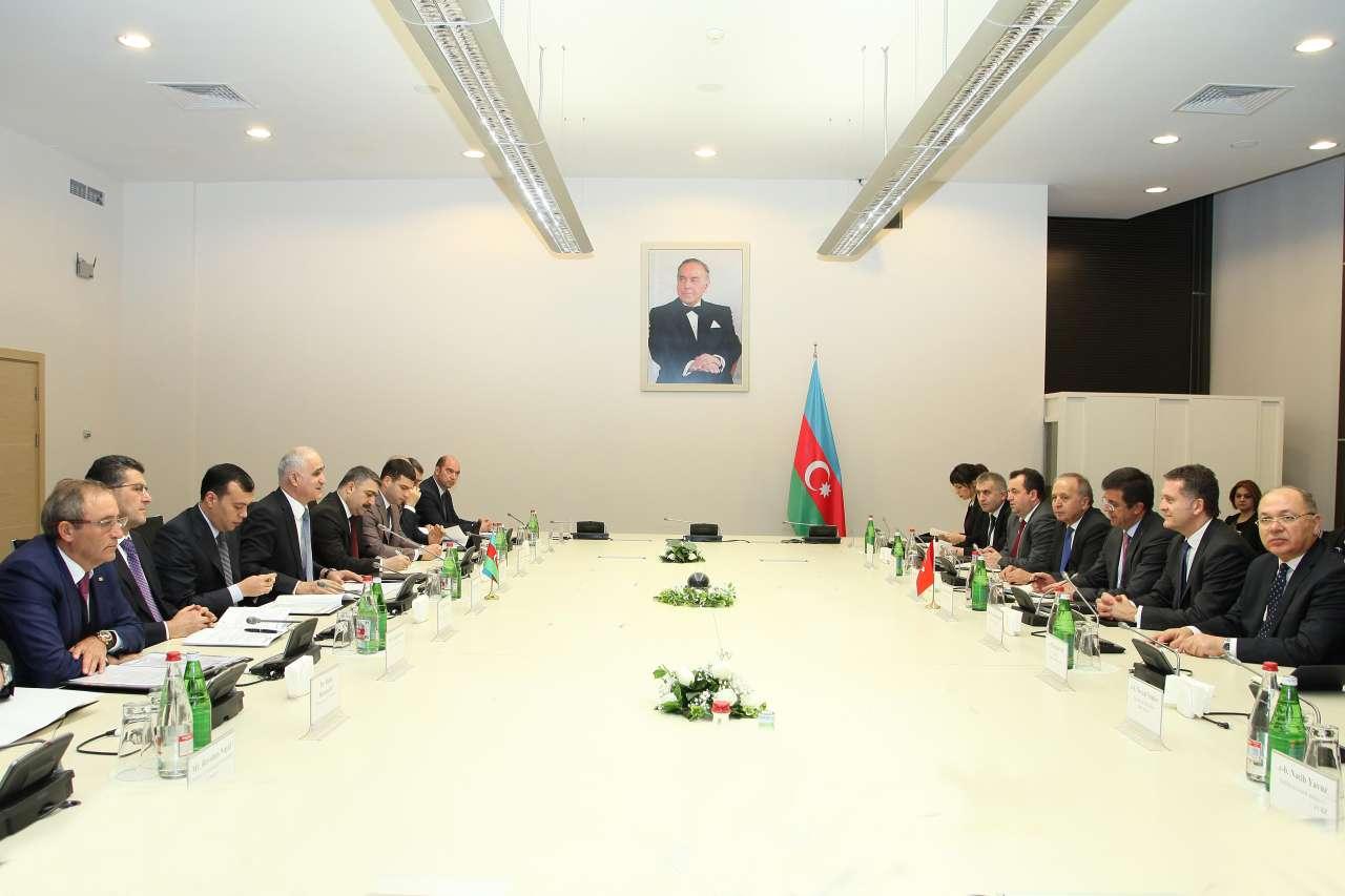 Azerbaijan offers Turkey to establish JVs in third countries (PHOTO)