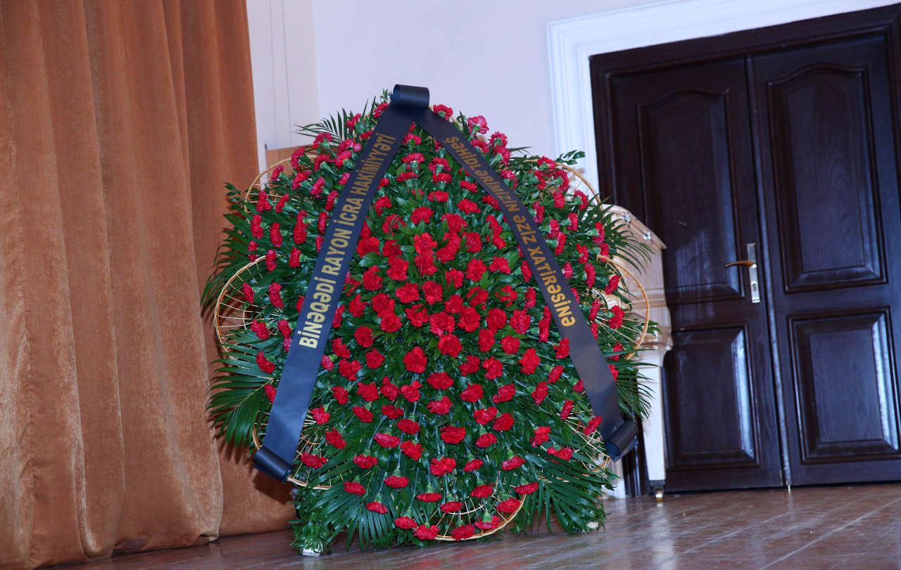 Xocalı soyqırımının 23-cü ildönümü ilə əlaqədar tamaşa nümayiş etdirilib (FOTO)