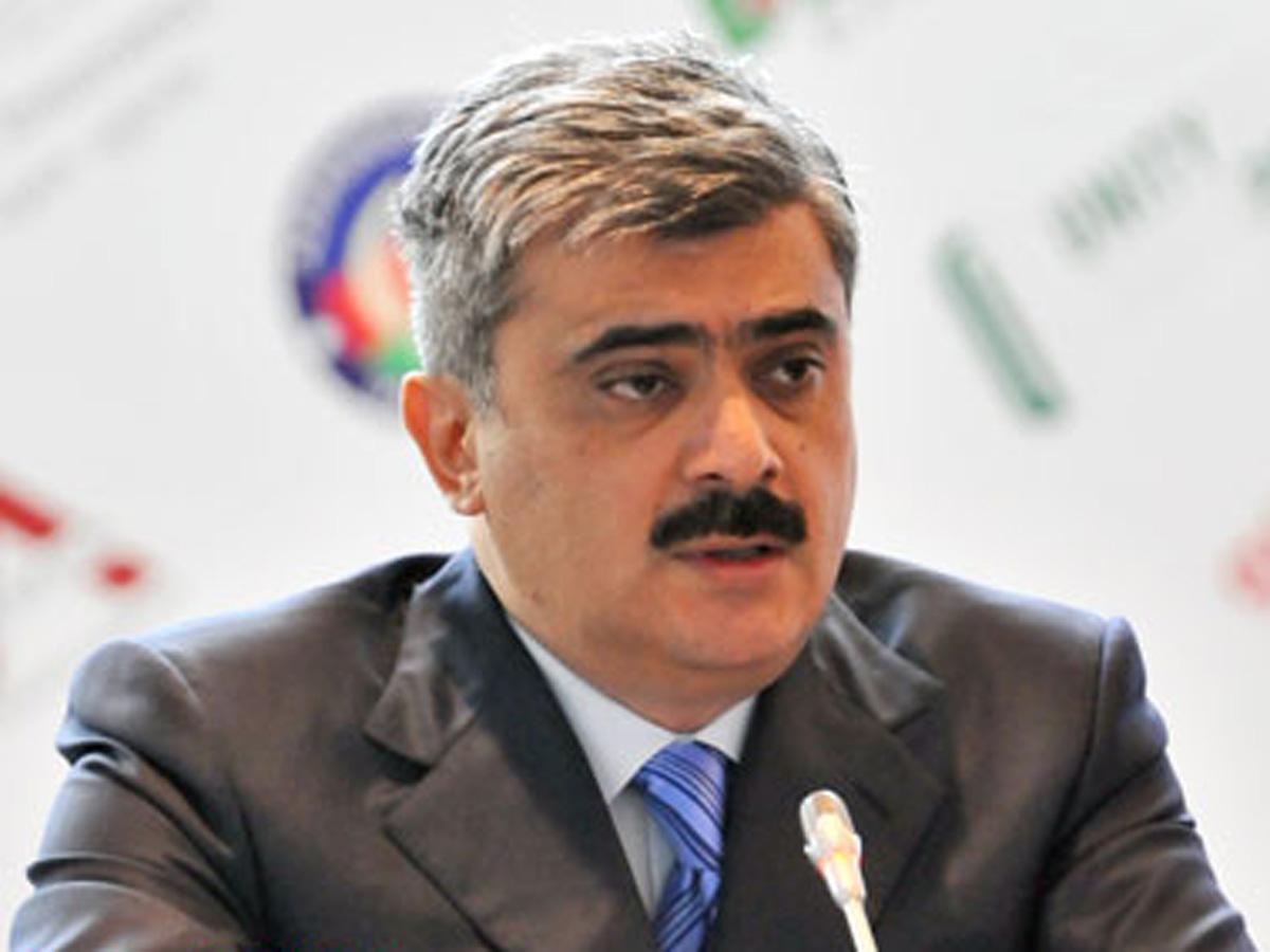 Maliyyə naziri Azərbaycanın xarici borclarının artmasının SƏBƏBİNİ açıqladı