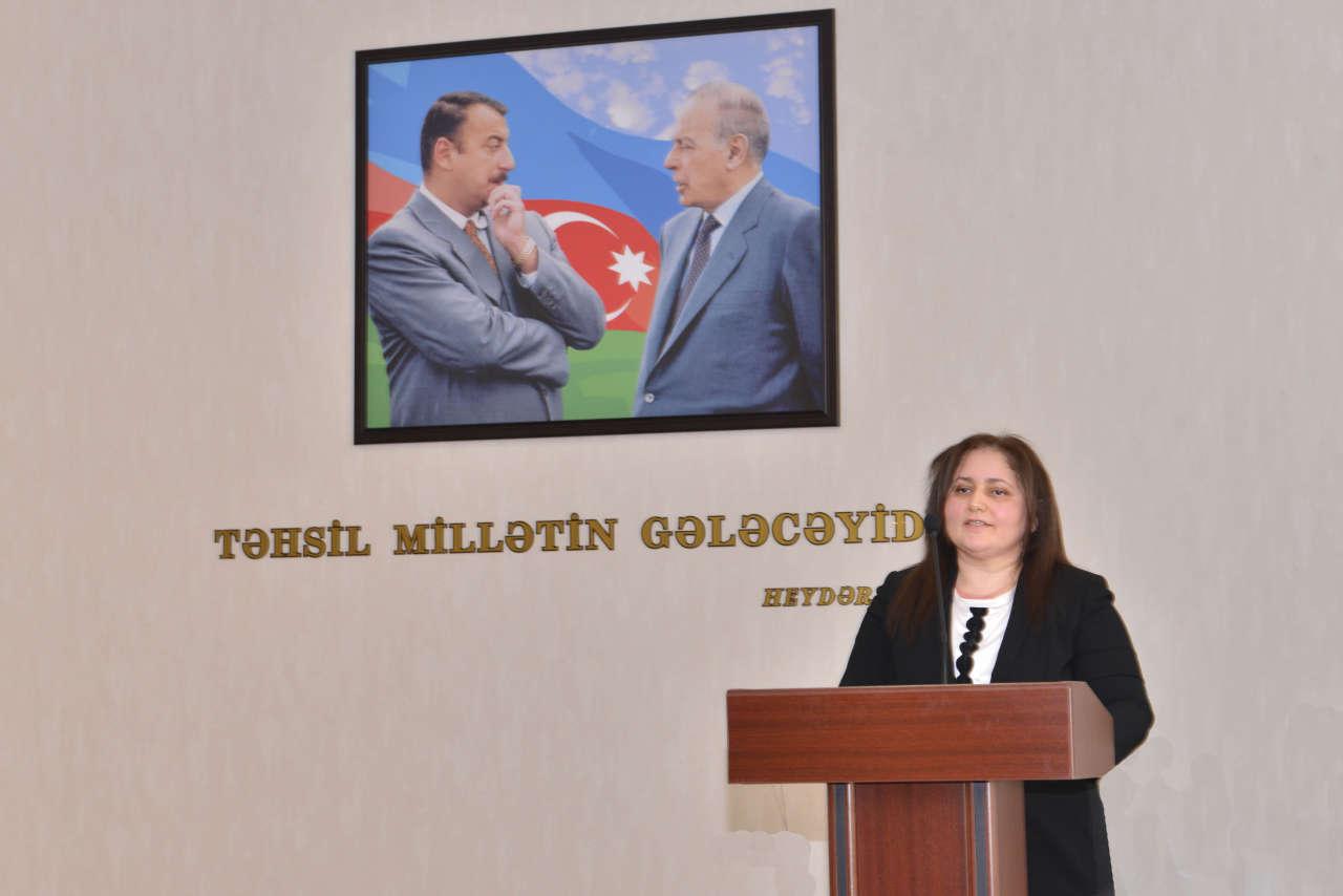 В Бакинской Высшей Школе Нефти отметили Международный женский день 8 марта (ФОТО)