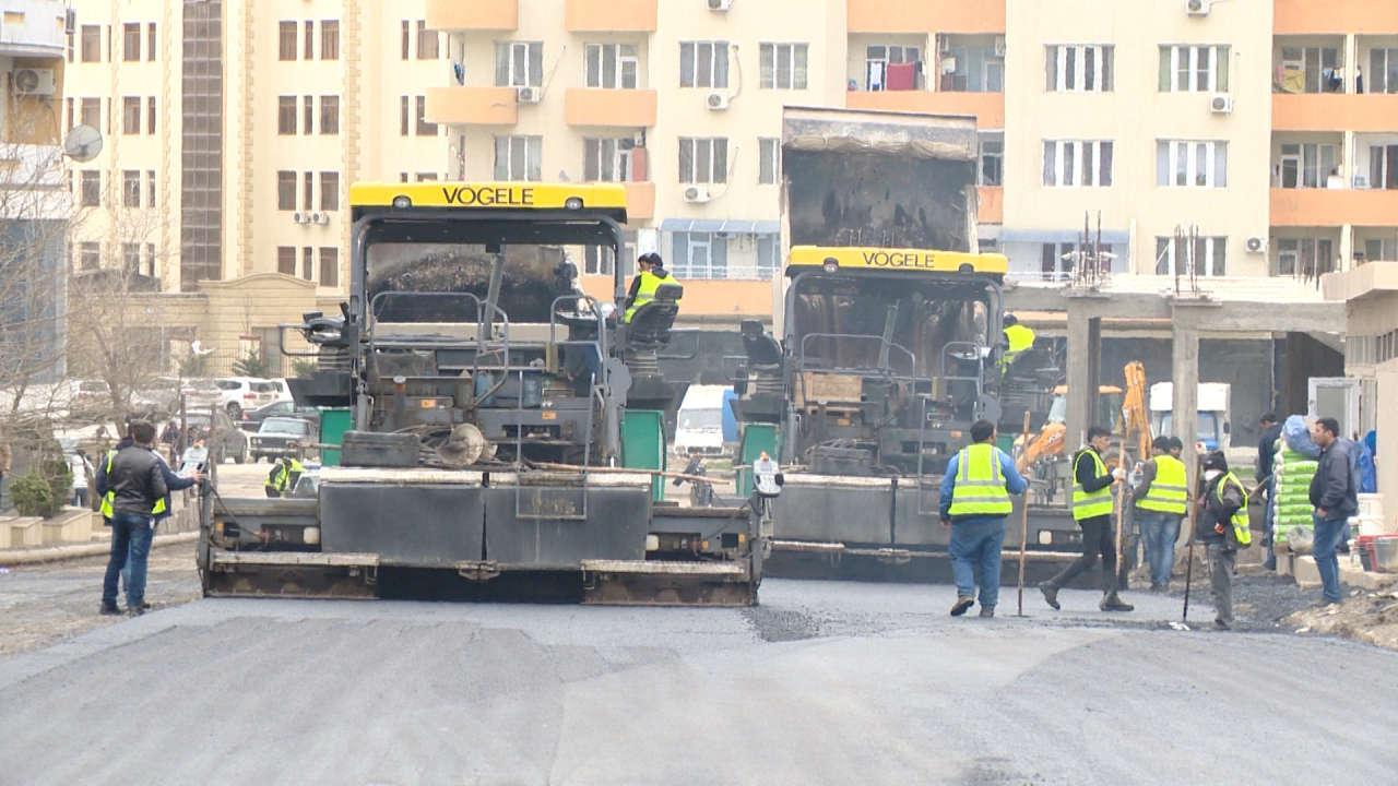 Продолжается ремонт дороги в Хатаинском районе Баку (ФОТО)