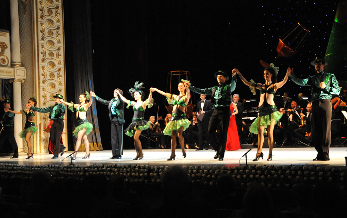 Творческая сцена ÜNS подарила бакинцам волшебный вечер оперетты (ФОТО)