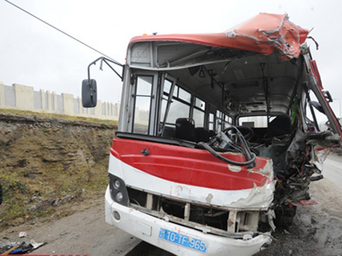 Bakıda qəza törədən avtobus sürücüsünə görə kim məsuliyyət daşıyır?