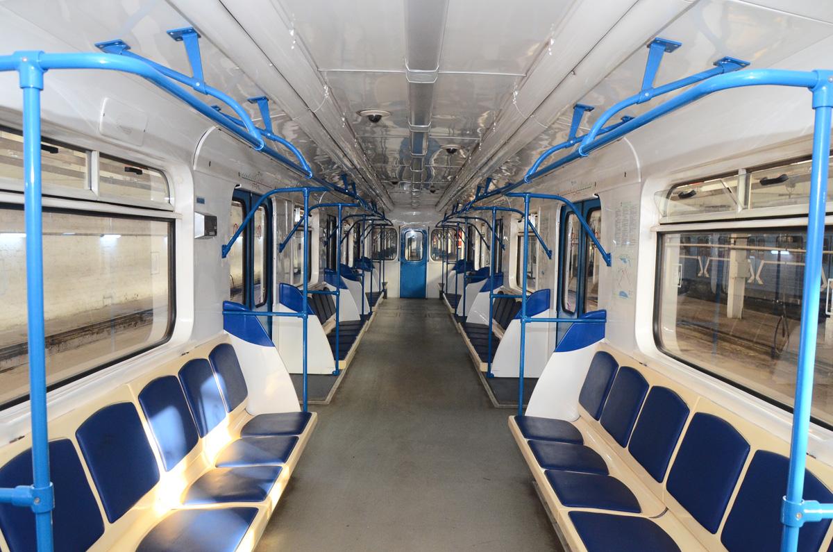 Bakı metrosunda bu qatarlardan istifadə ediləcək (FOTOSSESİYA)