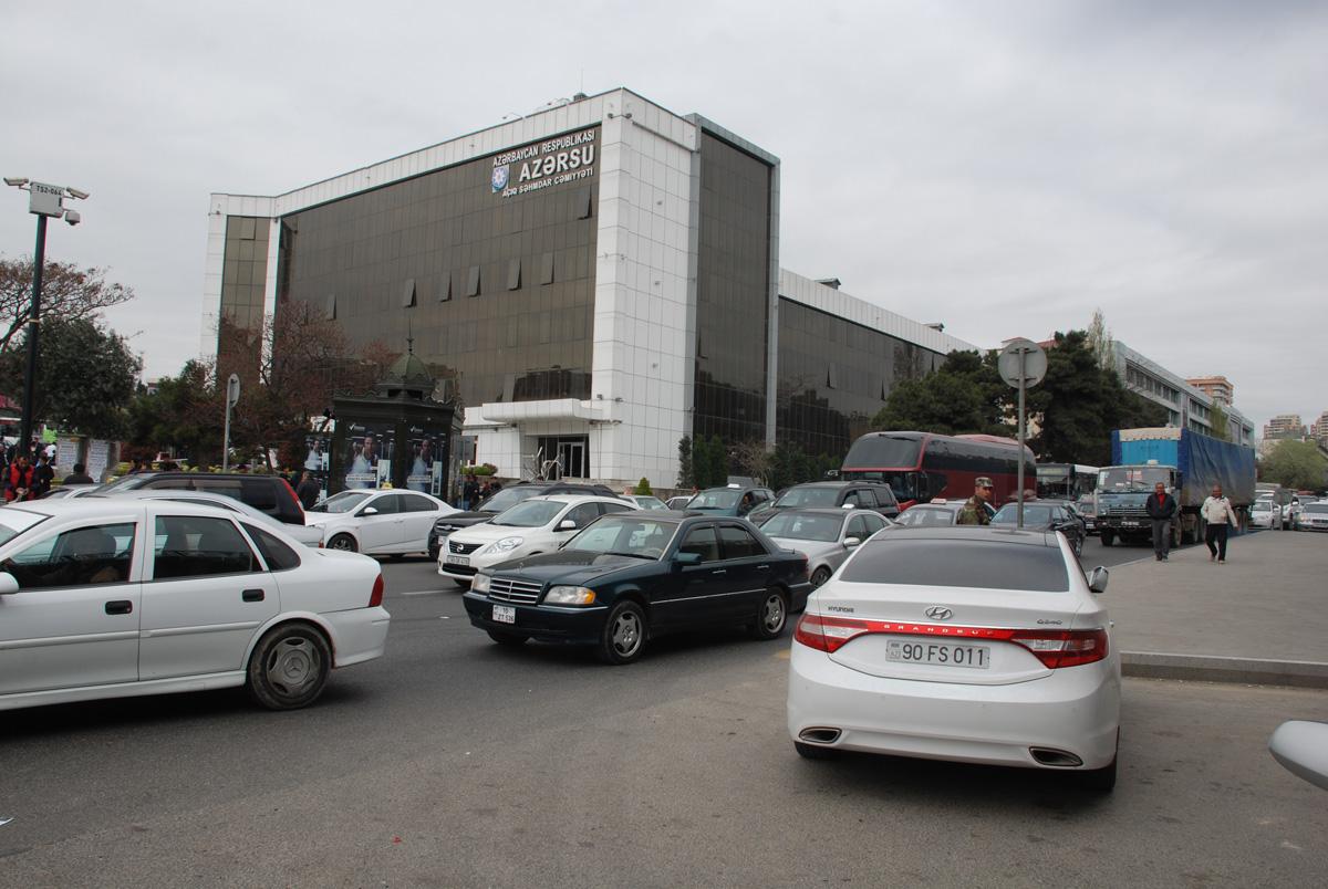 """""""20 Yanvar"""" dairəsində nəqliyyat vasitələrinin hərəkətində yenilik (FOTO)"""