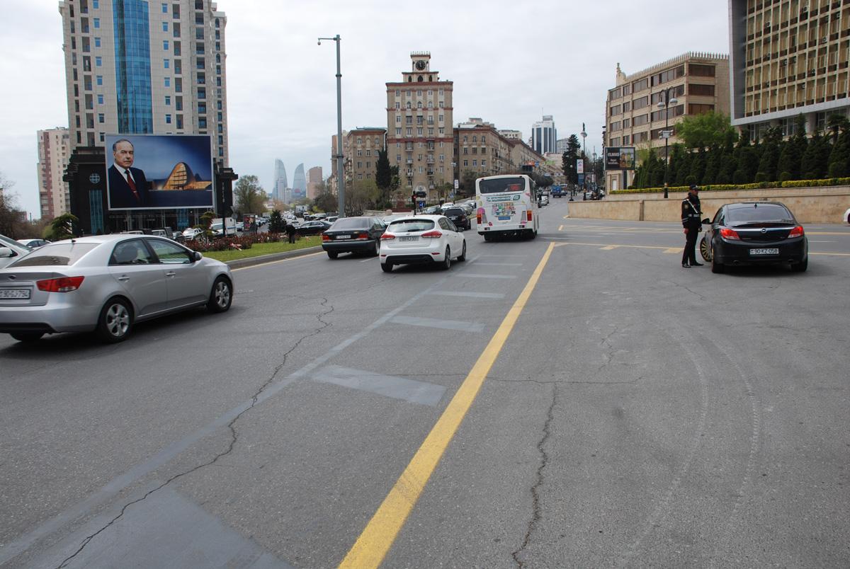 Bakı yollarında tıxacların aradan qaldırılması üçün daha bir addım (FOTO)