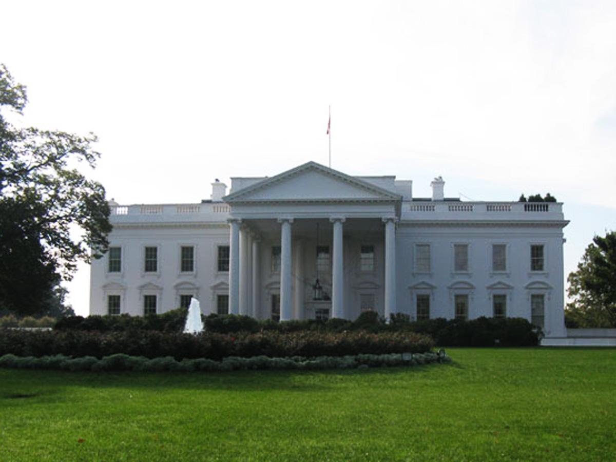 Monson: ABŞ-a inqilab lazımdır