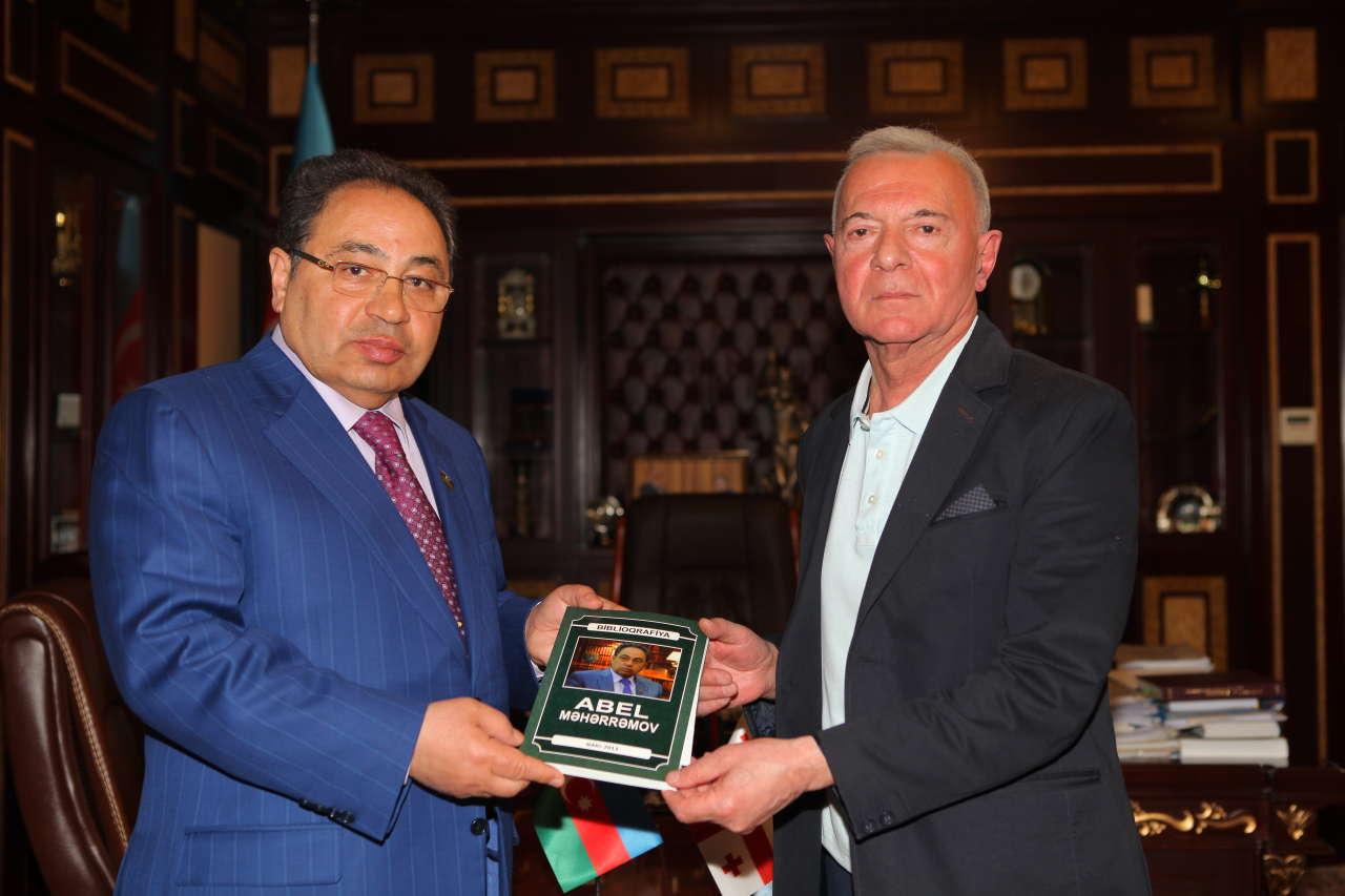 Gürcüstan MEA-nın Şərqşünaslıq İnstitutunun direktoru BDU-da  (FOTO)