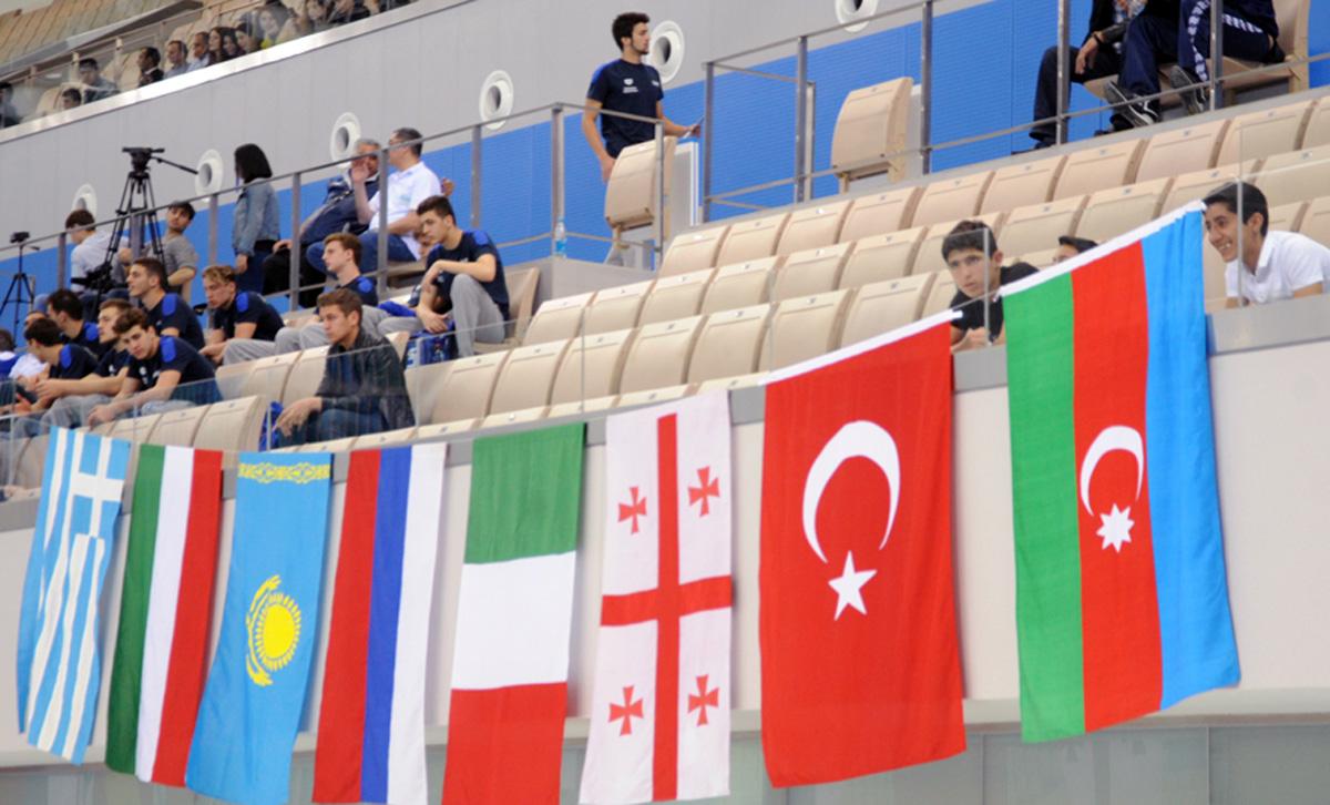 Bakıda su polosu üzrə beynəlxalq turnir keçirilir (FOTO)